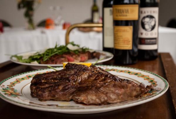 Carne di primissima scelta - Ristorante Villa Reale Monza - Restaurant Pizzeria Monza center Villa Reale